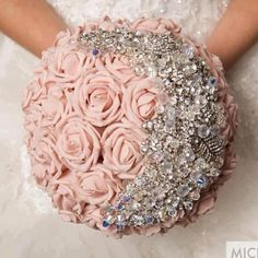 Brooch Bouquets/Bouquet Bling - Love this idea. Bling Bouquet, Bridal Bouquet Pink, Brooch Bouquets, Bride Bouquets, Brooches, Rose Bouquet, Crystal Bouquet, Flower Bouquets, Crystal Flower