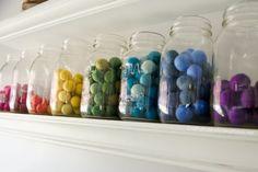 Store+felt+balls+in+mason+jars+++lots+of+craft+room+storage+ideas+on+www.CraftaholicsAnonymous.net