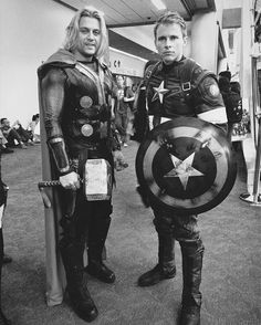 #sdcc2016 #comiccon #cosplay #cosplayer #marvel #thor #captainamerica #sdcc
