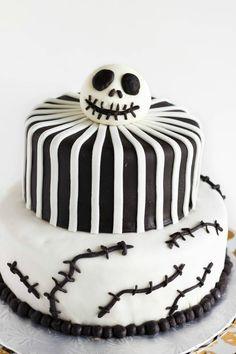 Nightmare Before Christmas Cake (Jack Skellington Cake) | #cake #halloween #nightmarebeforechristmas #dessert | http://thecookiewriter.com
