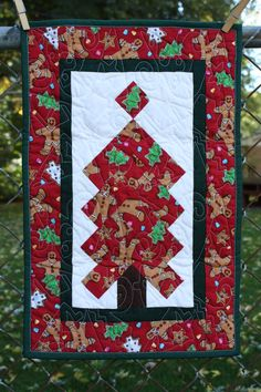 Christmas Tree Quilted Table Runner by RedButtonQuilting on Etsy, $40.00