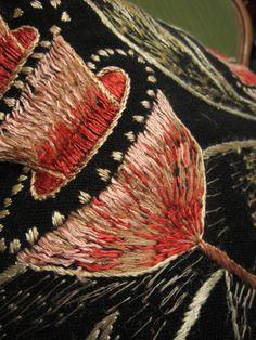 Ailila: Rekipeitto- pillow Scandinavian Embroidery, Finland, Needlework, Traditional, Pillows, Embroidery, Dressmaking, Couture, Handarbeit