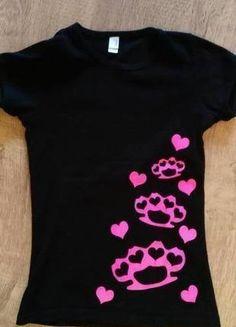 Kaufe meinen Artikel bei #Kleiderkreisel http://www.kleiderkreisel.de/damenmode/t-shirts/127865488-emo-punk-t-shirt-mit-schlagringen