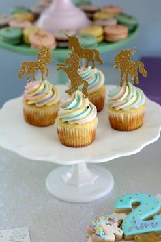 Unicorns & Rainbows Birthday Party Ideas | Photo 7 of 42
