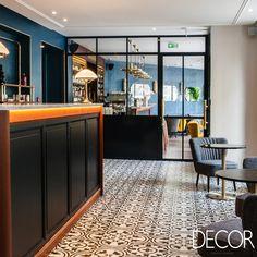 Restauração do Hotel André Latin, localizado em um dos bairros mais antigos de Paris, é inspirada na autentica cultura francesa.