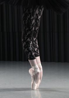 how to get hyperextended legs for ballet