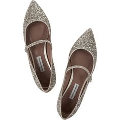 Tabitha Simmons Hermione glittered leather point-toe flats ($695) ❤ liked on Polyvore featuring shoes, flats, leather pointed toe flats, champagne flats, glitter flats, pointy-toe flats and leather flats