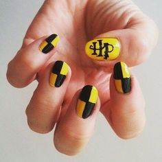 21 Harry Potter Nail Art Designs That Will Leave You Spellbound - Nails For Nerds - Harry Potter Nail Art, Harry Potter Nails Designs, Nail Art Diy, Cool Nail Art, Cute Acrylic Nails, Fun Nails, Nail Art Vernis, Yellow Nail Art, Best Nail Art Designs