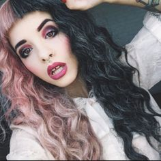 This page is an image gallery for Melanie Martinez. Melanie Martinez Makeup, Melanie Martinez Style, Adele, Amy Rose, Retro Aesthetic, Celebrity Outfits, Cry Baby, Her Music, Celebs