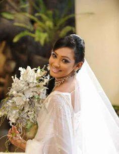 Yureni Noshika Wedding Photoshoot – Sri Lankan Models Gossip