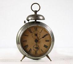 Horloges , montres , reveils 82
