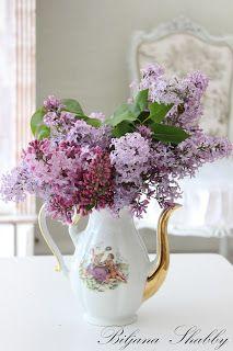 Biljana Shabby Shabby Chic Furniture, Glass Vase, Home Decor, Decoration Home, Room Decor, Home Interior Design, Home Decoration, Interior Design