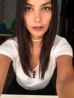 Media Tweets by HazalFiliz Küçükköse (@HazalFKucukkose) | Twitter Celebs, Celebrities, Kara, Cannes, Crushes, Chokers, Actors, Sexy, Pretty