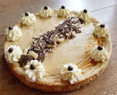 This amazing baked Coffee cheesecake is just 138 calories - There's no need to miss out on your favourite desserts while you lose weight. Simply make your ow - Healthy Mummy Smoothie, Healthy Mummy Recipes, Healthy Treats, Whole Food Recipes, Healthy Eating, Yummy Recipes, Healthy Food, Triple Chocolate Cheesecake, Coffee Cheesecake