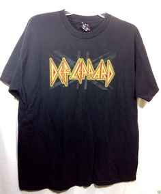 XL Xtra LARGE  Def Leppard Concert 2007 Tour  tee Graphic-T Shirt #WorldWrestlingEntertainment #GraphicTee