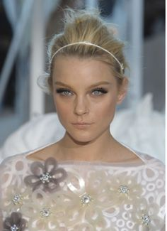 Ten Tips From Makeup Artist Pat McGrath on How to Make the Spring 2012 Runway Looks Work in Real Life Beauty And The Best, Beauty Make Up, Hair Beauty, Jessica Stam, Beauty Trends, Beauty Hacks, Makeup Trends, Makeup Inspo, Beauty Tips