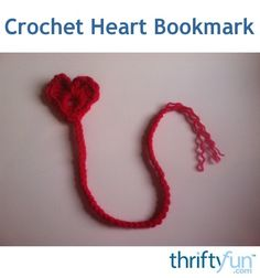 Who couldn't use another bookmark? I created this pattern because I needed more bookmarks. I think crocheted hearts are darling, I love being able to put tiny scraps to good use. I also love super quick projects, and I think these would make nice gifts. Crochet Crafts, Crochet Projects, Heart Bookmark, Best Gifts, Nice Gifts, Crochet Bookmarks, Tiny Heart, Craft Gifts, Crochet Necklace