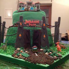 Jurassic Park Cake - Imgur Jurassic World Cake, Jurassic Park Party, Daddy Birthday, 4th Birthday Cakes, Birthday Ideas, Jurrasic Park Cake, Hockey Party, Dinosaur Party, Cakes For Boys