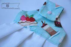 Sul blog di Hobby di Carta un tutorial facile e veloce per realizzare un canovaccio e una presina! http://hobby-di-carta.blogspot.it/2015/09/una-ventata-di-colori-in-cucina-presina_28.html