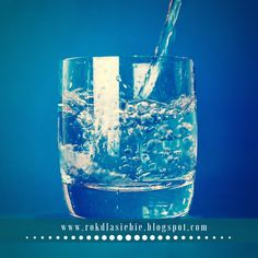 Did you know drinking lots of water is good for your oral health? Water encourages saliva production which is important for healthy teeth Whereas, those sugary drinks, encourage the bacteria on your teeth to form plaque. Healthy Vegan Snacks, Diet Snacks, Healthy Teeth, Healthy Tips, Reiki, Scottish Oat Cakes, World Water Day, Summer Is Here, Cold Drinks