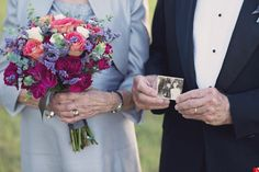 Couple Celebrates 70th Anniversary With Wedding Shoot They Never Had