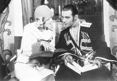 Rudolph Valentino & Vilma Banky in The Eagle 1925