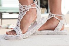 ooakindness:    (via Strappy Sandals – Crochet Me «One of a Kindness)  Link to free pattern, tumblr didn't want me to share the original with you the original for some reason.  You can find it at Crochet Me. (The soles are built on flip-flops!)
