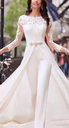 Perspective Long Sleeved Lace Jumpsuit Windbreaker Ju - Source by stestrawebwebde - Elegant Bridesmaid Dresses, Stunning Wedding Dresses, Wedding Dress Trends, Dream Wedding Dresses, Wedding Attire, Elegant Dresses, Bridal Dresses, Beautiful Dresses, Wedding Gowns