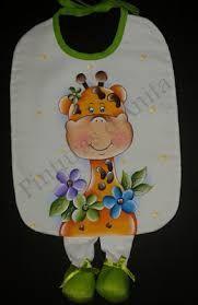 Almofadas de perninha com pintura em tecido | babador | girafa