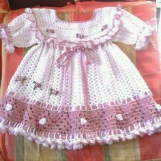 Crochet Baby Dress Pattern, Baby Dress Patterns, Baby Girl Crochet, Crochet Baby Clothes, Crochet Shoes, Skirts For Kids, Girls Sweaters, Little Girl Dresses, Baby Knitting