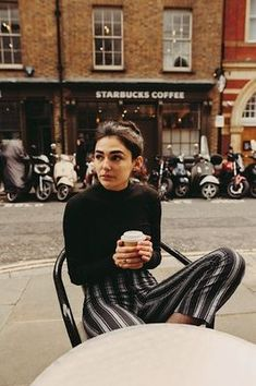 inspiration | vintage | style | fashion | mood | coffee | café | look | outfit |