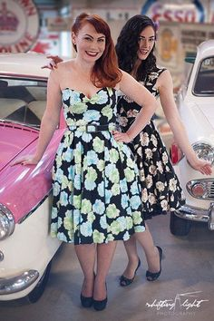 Ginger & Miss Honey Bee pin up photoshoot by Shifting Light Photography #pinup #pinupgirls #cheesecake