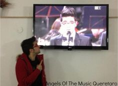 Piero watching Piero and ⭐IL VOLO⭐ at the Christmas Concert