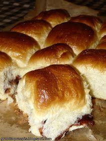 GRUNT TO PRZEPIS!: Maślane bułeczki przytulone z powidłami śliwkowymi Hot Dog Buns, Hot Dogs, Dinner Rolls, Hamburger, Muffins, Tasty, Cooking, Crusts, Breads
