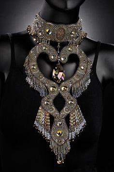 DESIGN Fashion Detail :: Beaded Neckpiece by Sherry Serafini. I don't mean rhinestones!