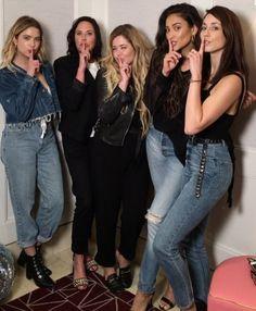 pretty little liars cast ile ilgili görsel sonucu Pretty Little Liars Meme, Pretty Little Liars Characters, Preety Little Liars, Spencer And Toby, Little Linda, Pll Cast, Teen Tv, Gossip Girl, Celebrities