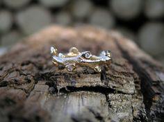 Seabuck ring i 14k gold with diamonds, made by Loenstrup Smykke Design - Nynne Kegel - Lønstrup