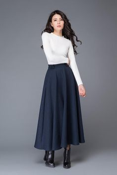 Vintage skirt/blue wool skirt/ Circular Skirt/winter by Long Wool Skirt, Wool Skirts, Skirt Fashion, Fashion Outfits, Womens Fashion, Winter Wedding Outfits, Maxi Skirt Outfits, Long Skirts For Women, Navy Skirt