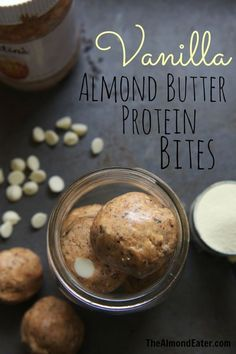 Vanilla Almond Butter Protein Bites--a sweeter post-workout snack #fuel #protein #postworkout