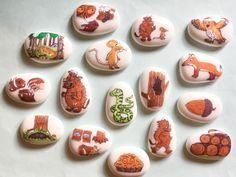 Gruffalo, Story Stones, Story Book, Imagination Pebbles, Mouse, Fox, Snake by MyStoryStonesRock on Etsy https://www.etsy.com/uk/listing/475543776/gruffalo-story-stones-story-book