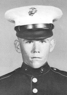 Virtual Vietnam Veterans Wall of Faces | RUSSELL D CRIDER | MARINE CORPS