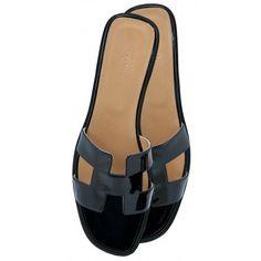   P   Black Hermes Sandals