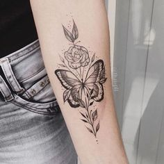 The most cuties butterfly tattoos ideas and designs for girls. See also: 65 Amazing Compass Tattoos Ideas Source Source Source . Modern Tattoos, Feminine Tattoos, Unique Tattoos, Beautiful Tattoos, Mini Tattoos, Rose Tattoos, Body Art Tattoos, Tatoos, Butterfly Tattoo Designs