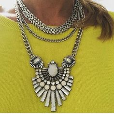 Edgy Statement Necklace ✨open to offers✨New never worn edgy statement necklace GoldBar Jewelry Necklaces