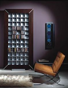 Storage shelves for CDs today come in different shapes and sizes. Storage shelves by Vismara #homes #storage