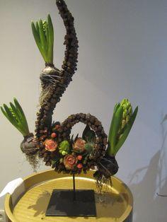 workshop bij Juste une Fleur te tremelo Workshop, Mirror, Table, Furniture, Home Decor, Seeds, Atelier, Decoration Home, Room Decor