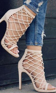 1dcf4b0165a6 238 best Shoes images on Pinterest in 2018