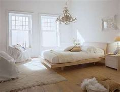 White Bedroom Interior Design Ideas & Pictures, Create a clean, calm sleeping space by using white decor in your bedroom. White can be the perfect base for any bedroom design. Cozy Bedroom, Dream Bedroom, Bedroom Decor, Bedroom Ideas, Bedroom Designs, Bedroom Inspiration, Modern Bedroom, Light Bedroom, Bedroom Furniture