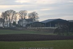Broomknowe Farm (C) Bill Irving :: Geograph Britain and Ireland