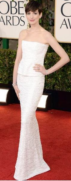 Ann Hathaway - Chanel Couture  #luxebylisavogel   http://luxebylisavogel.com/  https://www.facebook.com/LuxebyLisaVogel